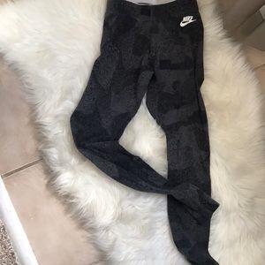 Nike XS yoga pants